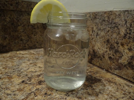 5 Benefits of Lemon Water