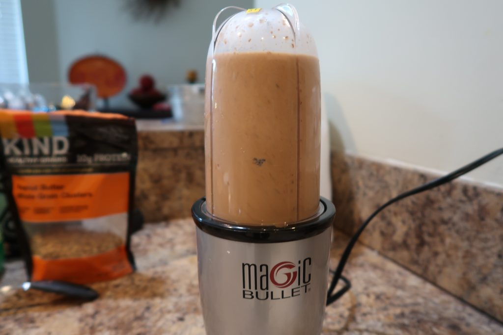 Peanut Butter Banana Smoothie, How I make my Peanut Butter Banana Smoothie, Alexis D Lee