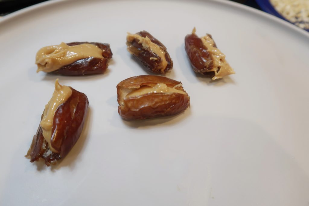 homemade snickers, Homemade Snickers (Healthy & Vegan), Alexis D Lee