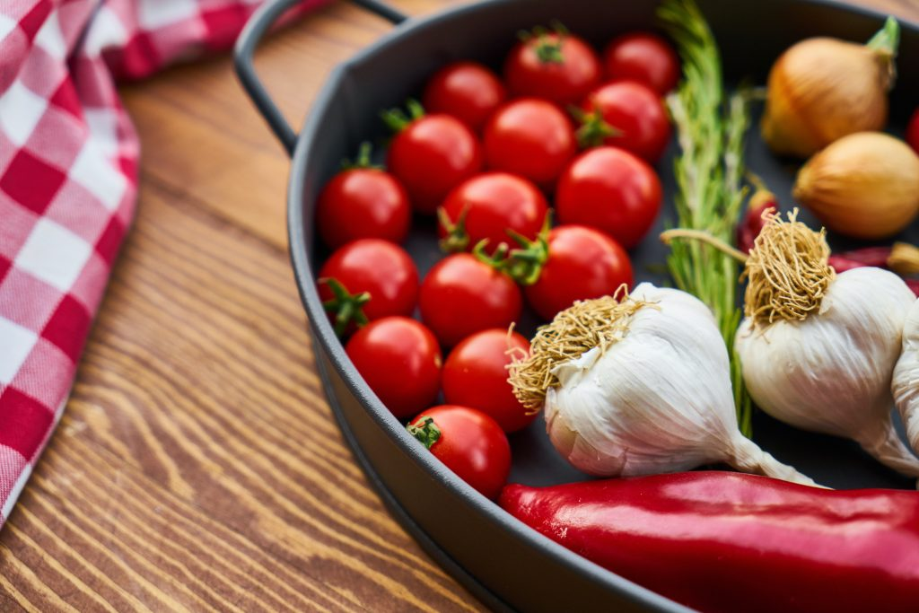what does the mediterranean diet consist of
